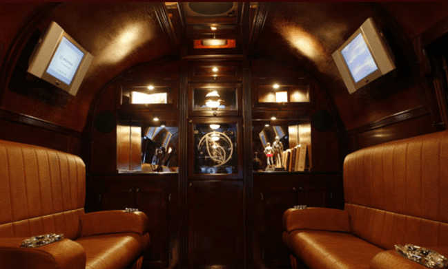 How to open a mobile cigar lounge business