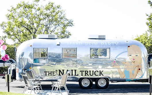 mobile nail salon