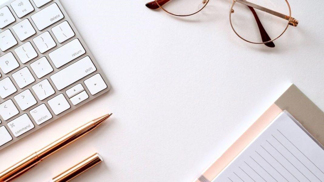 blogging - featured image