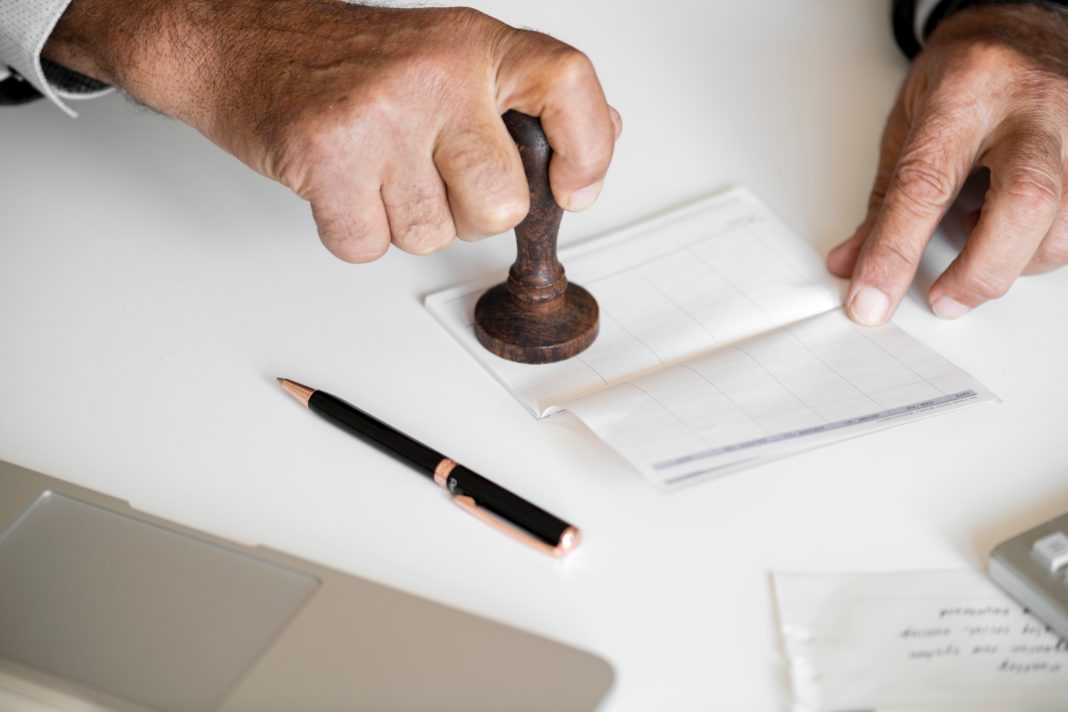 Invoice Factoring - featured image
