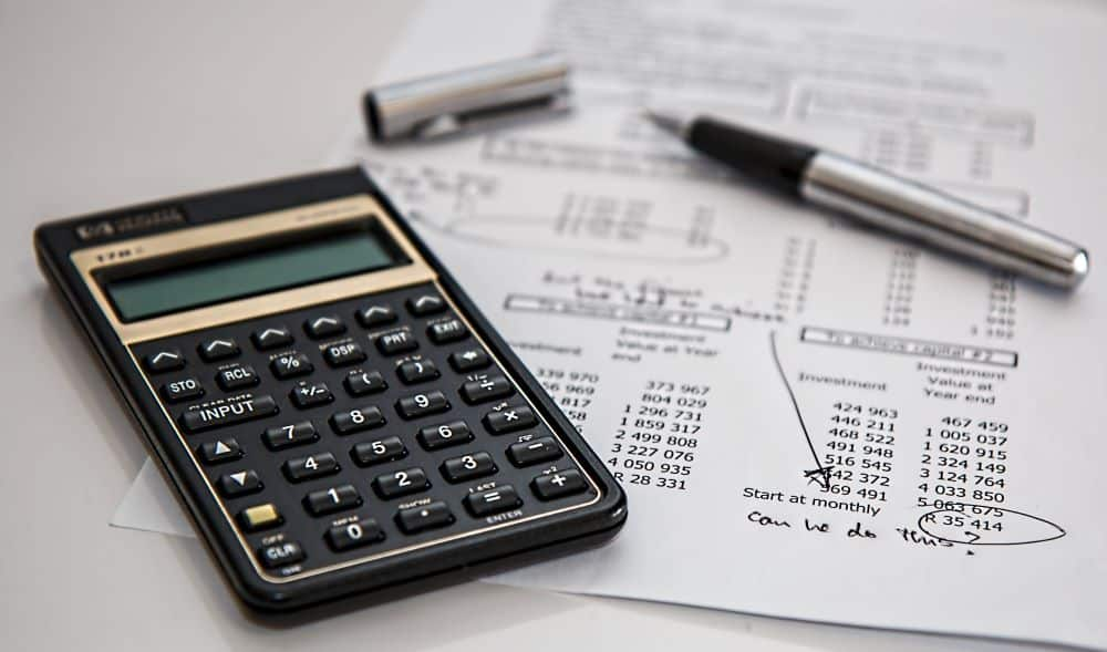Things to think about when you get a business loan - featured image