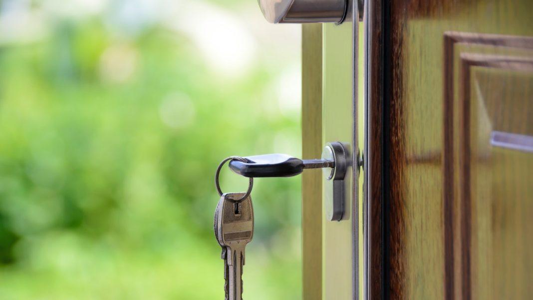 felon in real estate - keys