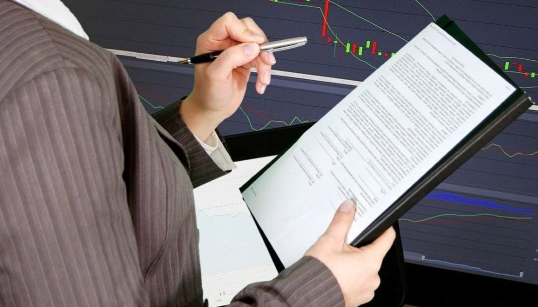 financial audit - featured image