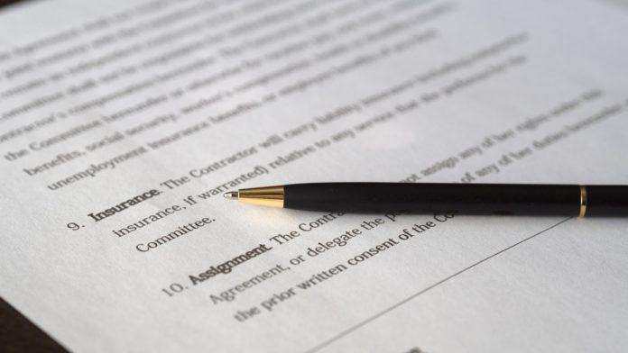 agreement-blur-business-close-up-261679-696x392.jpg