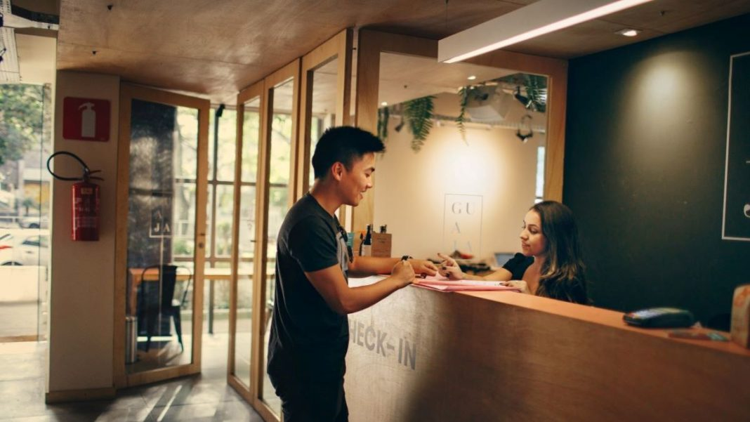 hospitality management - featured image
