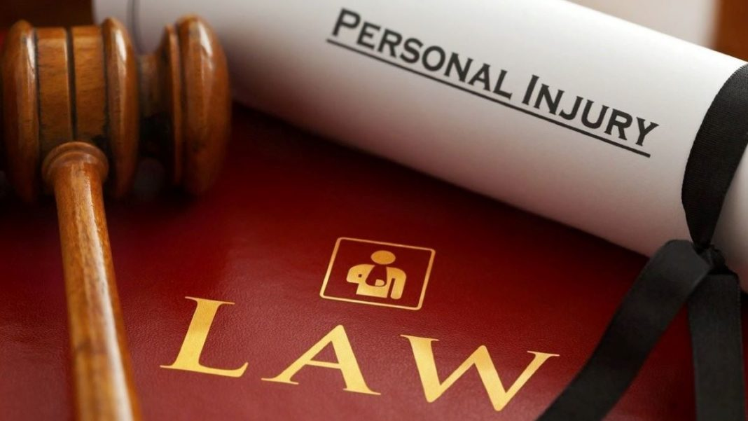 personal injury lawyer - featured image