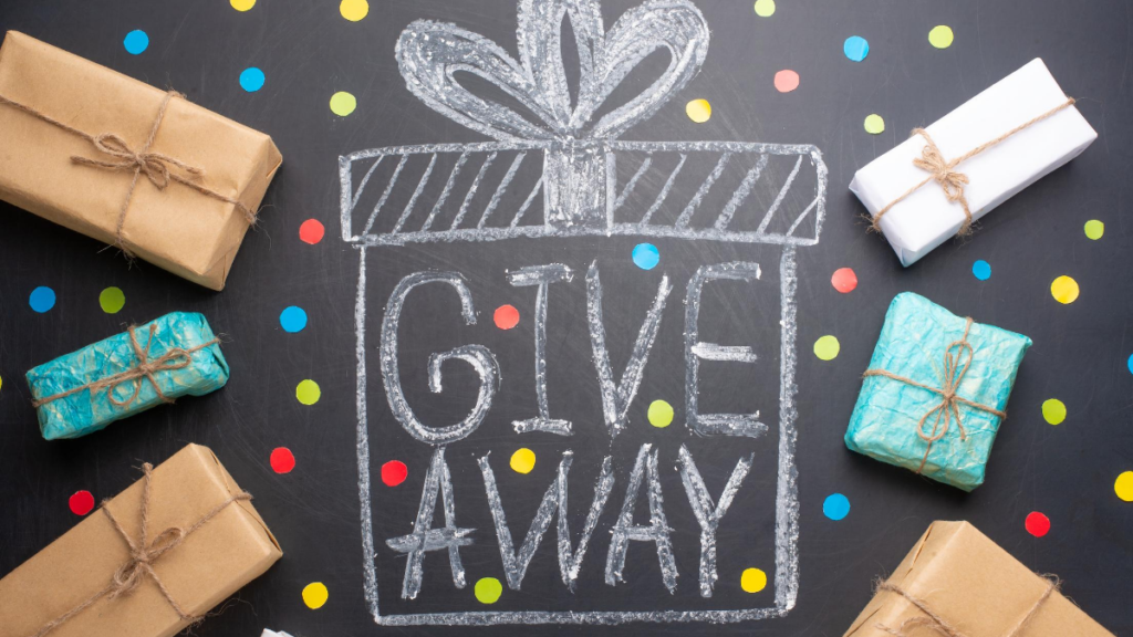 giveaway with presents as marketing ideas for restaurants