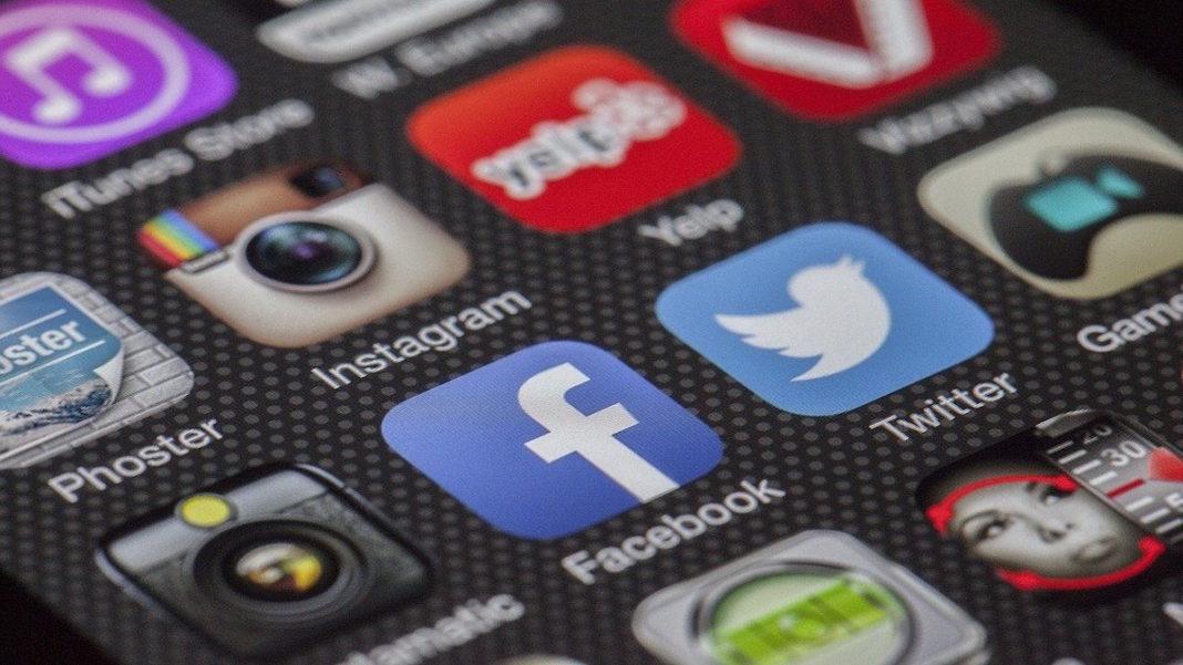 Social Media Benefit